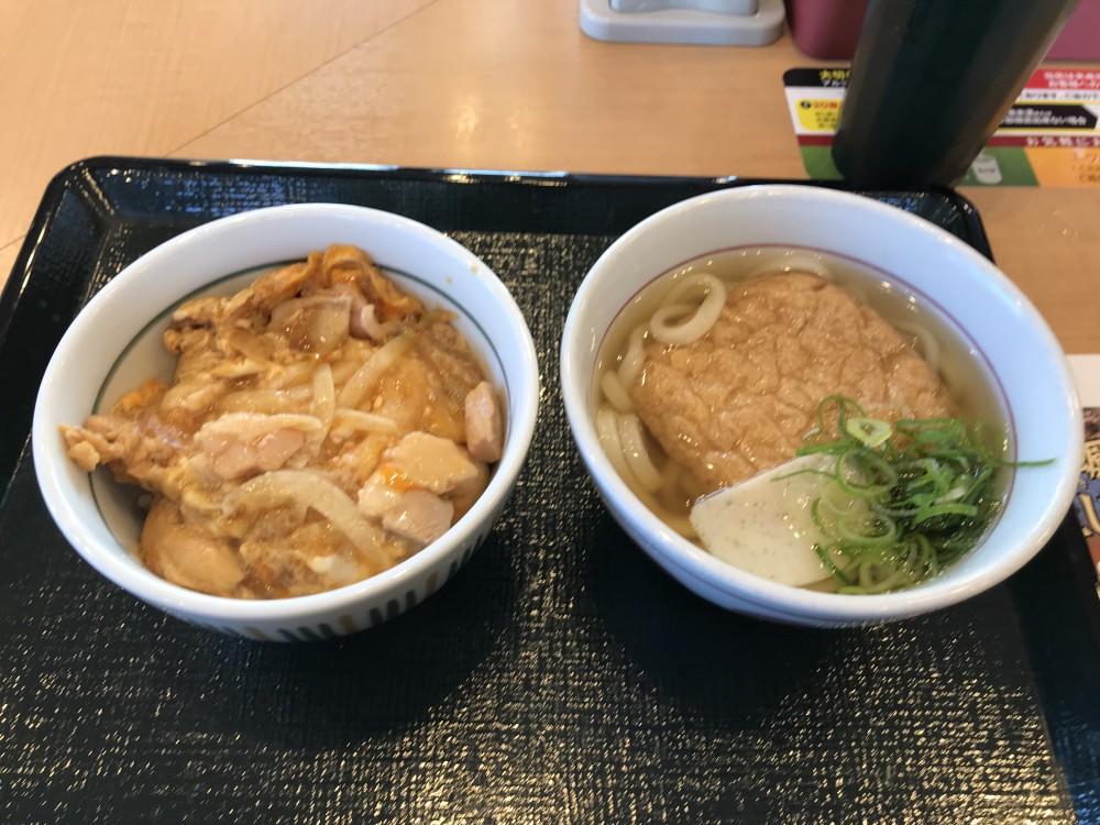 【サラメシ】サラリーマンの昼飯は、定番のセットもので。