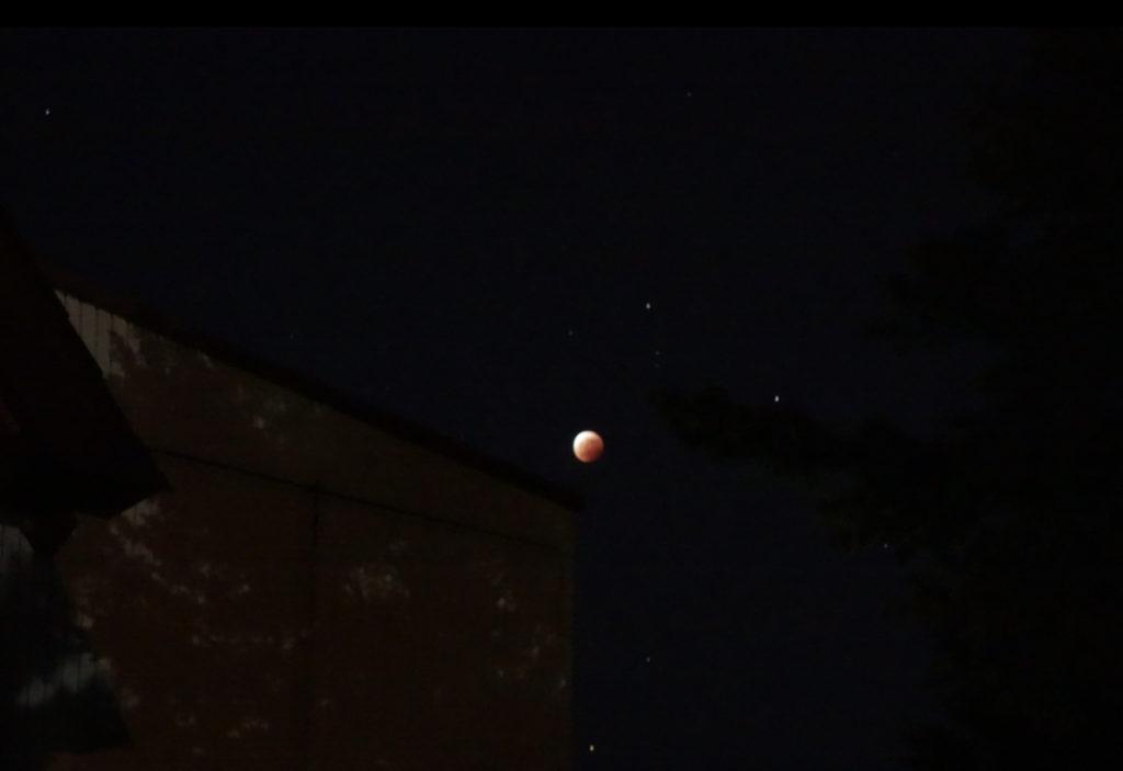 3年ぶりの皆既月食を撮る。